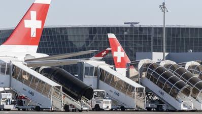 Die Mehrheit der Swiss-Flugzeuge steht derzeit still. Wann sie wieder im grossen Umfang abheben, ist heute unklar. (Ennio Leanza / KEYSTONE)