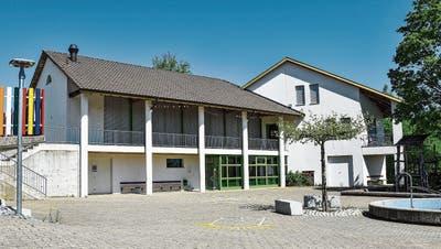 Während der Bauphase müssen die Klassen vom Schulhaus Häuslenen auf Provisorien ausweichen. ((Bild: Roman Scherrer))