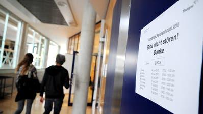 Geht es nach den Thurgauer Bildungsverantwortlichen sollen auch heuer Abschlussprüfungen stattfinden. (Bild: Nana Do Carmo)