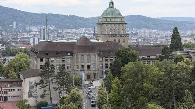 Die Universität Zürich will Studenten in akuter Geldnot finanziell unter die Arme greifen (Keystone)