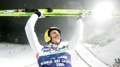 Nachdem der zweite Durchgang wegen Schneeregens abgesagt wude, durfte er jubeln: Andreas Küttel am 27. Februar 2009 in Liberec. (Matthias Schrader/Keystone)