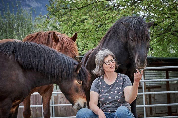 Yvonne Eggermann (52), Leiterin der Kinderreit- und Ponyschule Rössli Hü Immensee.