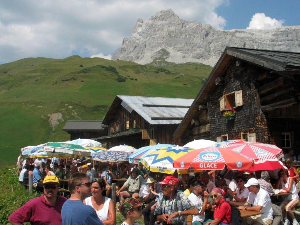 Tourismus in der Krise: Gut möglich, dass die Schweizer im Sommer 2020 Ferien in den Bergen statt am Meer machen werden.