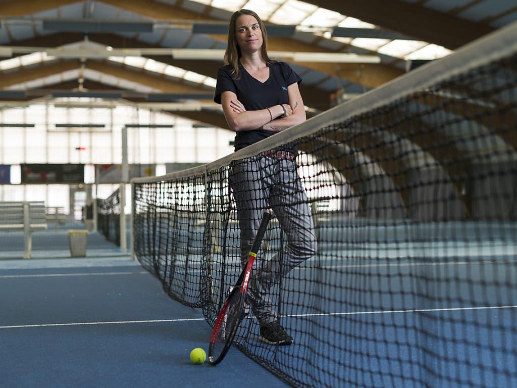 Trotz chronischer Schmerzen in der Schulter und am Handgelenk: Als Tennislehrerin will Oprandi auch arbeiten