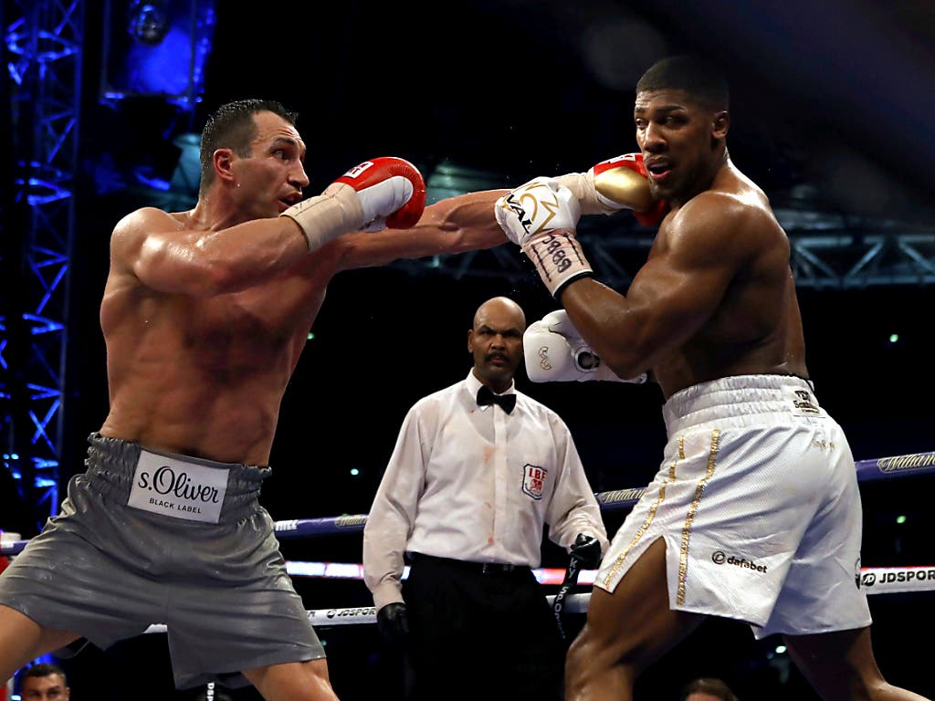 Ring frei: Wladimir Klitschko (links) fordert im Londoner Wembley-Stadion IBF-Titelhalter Anthony Joshua heraus