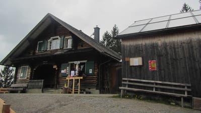 Wandertipp: Kleine Wanderung auf die Gafadura mit einem sagenhaften Abstecher auf die Uli Mariss Hütte