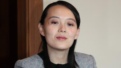 Wusste schon Chinas Präsidenten Xi Jinping zu beeindrucken: Kim Jong Uns Schwester Kim Yo Jong. (Yonhap / EPA YNA)