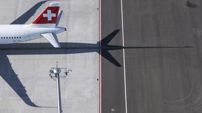Der Bundesrat will die von der Coronakrise gebeutelte Luftfahrtbranche finanziell unterstützen. (Ennio Leanza)