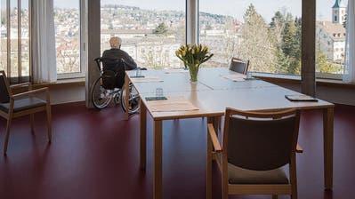 Geriatrische Klinik St.Gallen wird eröffnet: Doch statt einen Tag der offenen Tür gibt es einen Kurzfilm