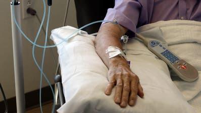 Chemotherapien sind teuer. Doch die Preise für die Krebsmedikamente sind nicht immer gerechtfertigt. (Symbolbild) (Keystone)