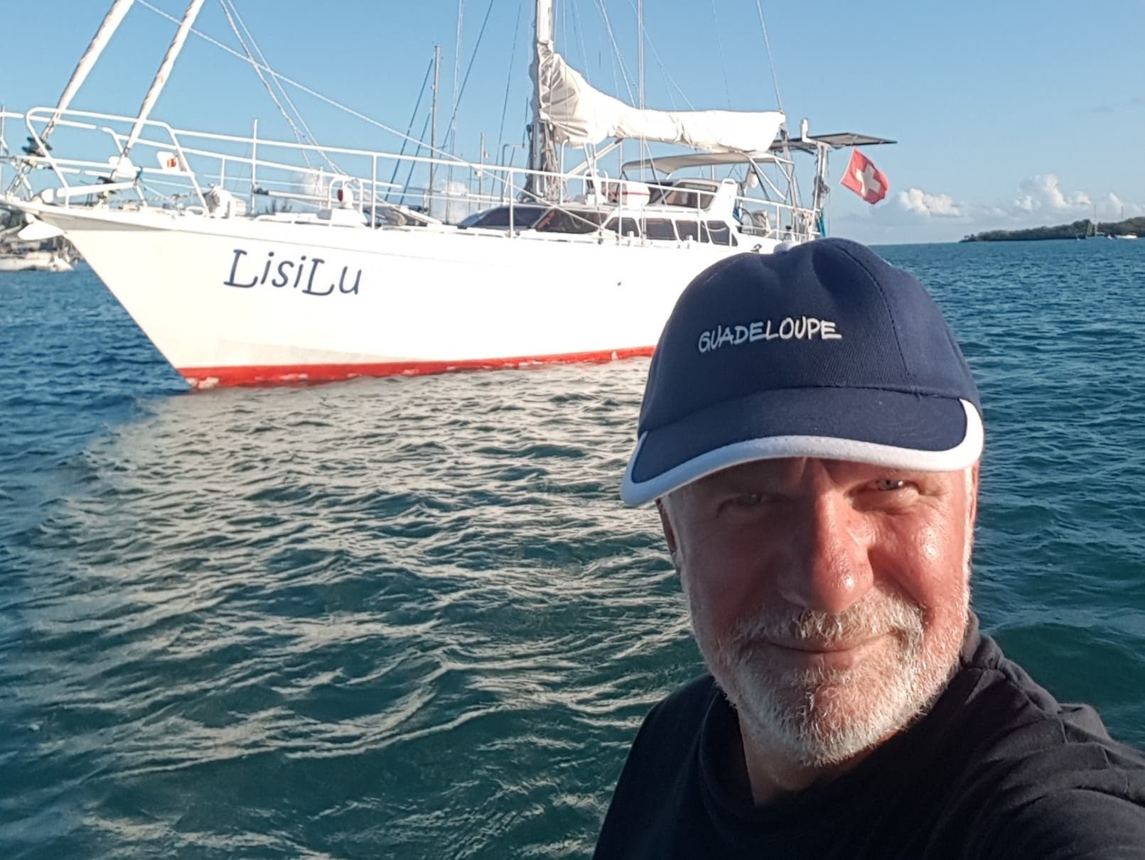 Werner Ottiger (57) aus Rothenburg sitzt mit seinem Segelboot in der Karibik fest: «Zurzeit kann ich der Situation viel Positives abgewinnen. Ich kann Reparaturarbeiten an meinem Segelboot erledigen, die ich bisher aufgeschoben habe und es ist spannend auf diese Weise Kontakte zu anderen Seglern aufzubauen.»