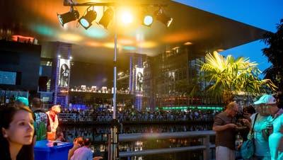 Auch in diesem Sommer soll es wieder Konzerte vor dem KKL geben. (Bild: Nadia Schärli (Luzern, 19. Juli 2019))