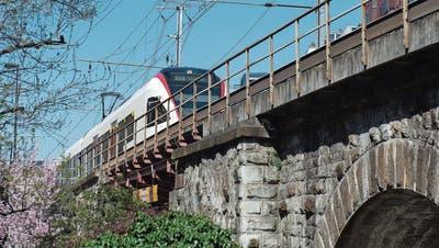 Werden Zugreisende in den Süden länger auf die schnellere Verbindung warten müssen?