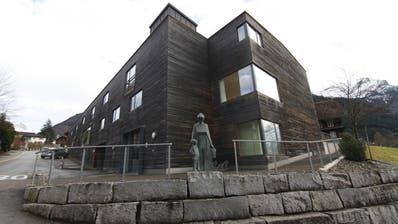 Im Alters- und Pflegeheim Gosmergartä (Gosmergarten) in Bürglen haben sich drei Mitarbeiter und drei Bewohner mit dem Corona-Virus infiziert. (Bild: Florian Arnold)