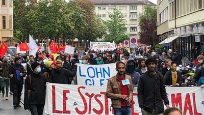 Trotz Verbot: 1.-Mai-Demo in Basel ++ rund 1000 Teilnehmer zogen mit ++ «Sieg über die Polizei»