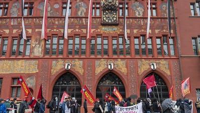 Polizei toleriert mehrere hundert Demonstranten in Basel