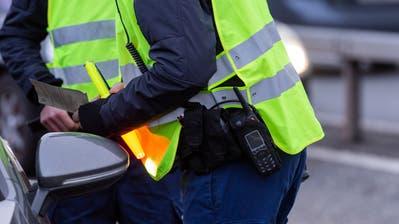 Aufgrund der Coronapandemie ist zwar weniger Verkehr unterwegs, dennoch führen die Polizeikorps Kontrollen durch. (Bild: Severin Bigler / AGR)