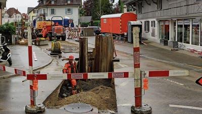 Die Baustelle an der Bahnhofstrasse in Bürglen. (Bild: Hannelore Bruderer)