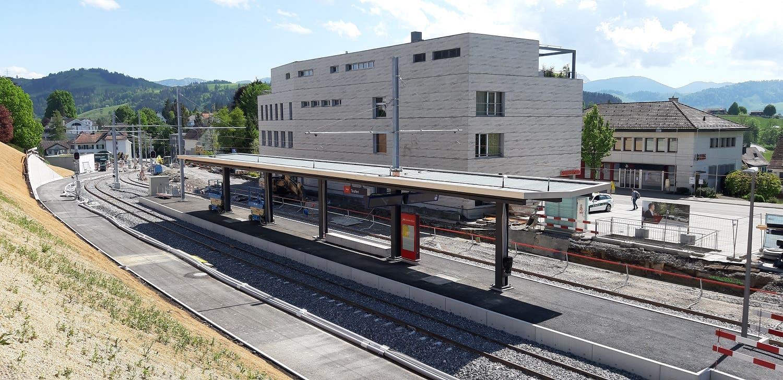 Der um- und ausgebaute Bahnhof Teufen.