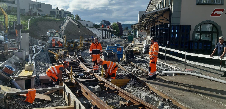 Ein Eindruck von den Bauarbeiten im Bahnhof Teufen.