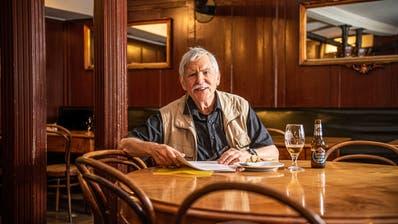 Weit gereist, geht er beim Schreiben nah heran für seine literarischen Momentaufnahmen: der Autor und Filmemacher Peter K. Wehrli. (Bild: PD)