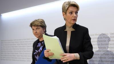 Bundesrätin Viola Amherd schnürt Rettungspaket für den Schweizer Sport. (Bild: Keystone)