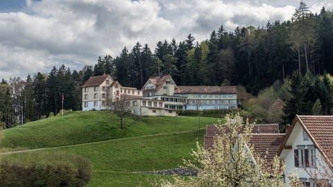 Im ehemaligen Ferienheim Sonneblick in Walzenhausen sollen ab Anfang 2021 Asylsuchende untergebracht werden. (Bild: Michel Canonica)