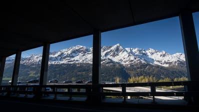 Ab Morgen Mittwoch ist der Gotthardpass wieder für den Verkehr geöffnet. (Keystone)