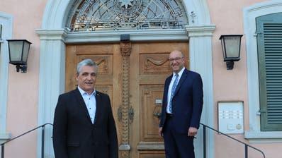 Vize-Gemeindepräsident Andreas Bernold (links) wird interimsmässig für den neuen Regierungsrat Beat Tinner (rechts) bis Ende Jahr das Gemeindepräsidium ausüben. (Bild: PD)