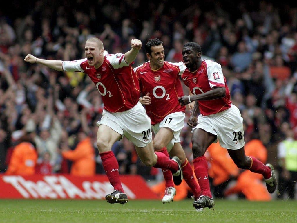 Arsenals 20-jähriger Verteidiger Philippe Senderos jubelt nach gewonnenem Penaltyschiessen im FA-Cup-Final