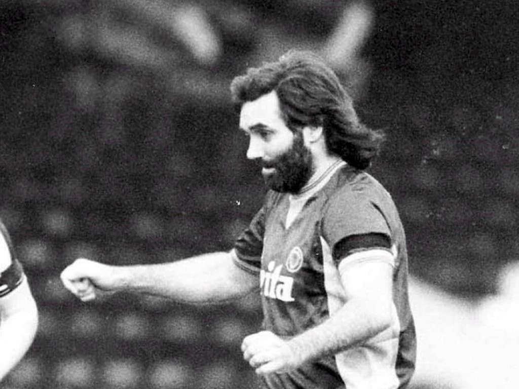 In der zweiten Hälfte seiner Karriere tingelte Best mit Bart und etwas Übergewicht durch exotische Fussballligen