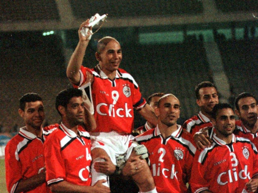 Anfang 2001 bestritt Hossam Hassan sein 151. Länderspiel und überflügelte damit den damaligen Rekordhalter Lothar Matthäus