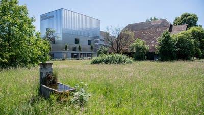 Direkt gegenüber dem Kulturzentrum Südpol in Kriens befindet sich das Areal Rösslimatt, das Platz für rund 40 Carparkplätze bietet. (Bild: Nadia Schärli (25. Mai 2020))