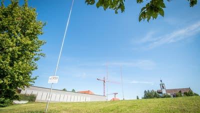 Hier auf der Festwiese am Kreuzlinger Bärenplatz möchte die Stadt ein neues Verwaltungsgebäude bauen. ((Bild: Reto Martin - 8.August 2019))