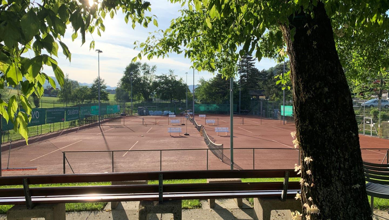Horwer Parlament: 2,95 Millionen Franken für Tennisanlage – und ein Redner mit blauem Auge