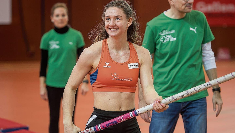 Andrina Hodel bei den Schweizer Leichtathletik-Hallenmeisterschaften in St.Gallen.