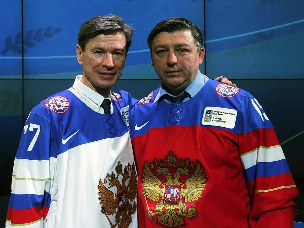 Slawa Bykow, immer noch der Alte, und Andrej Chomutow, etwas breiter geworden, 2014 bei der Aufnahme in die Hall of Fame in Weissrussland