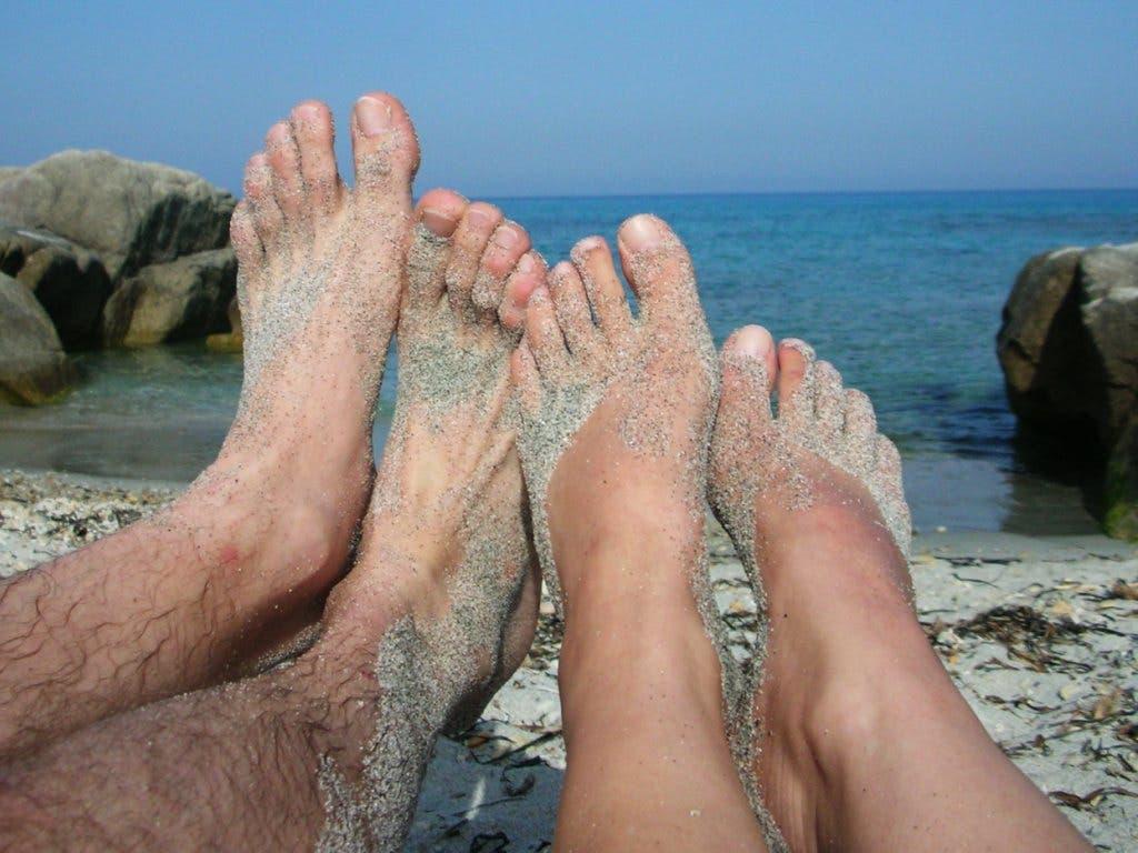 Schnappschuss von der Côte d'Azur in Südfrankreich: Die Strandferien in Frankreich in diesem Sommer hängen an einem seidenen Faden.