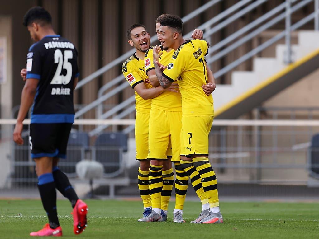 Nach zähem Beginn können die Dortmunder in Paderborn doch noch viele Tore bejubeln