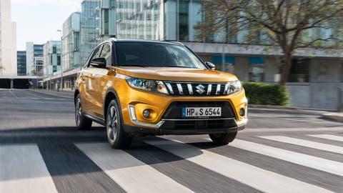 Zeitlos und schlicht statt unnötig effekthascherisch: Das Design des Suzuki Vitara fällt nicht sonderlich auf – verleidet dafür aber auch nicht. (Bild: HO)