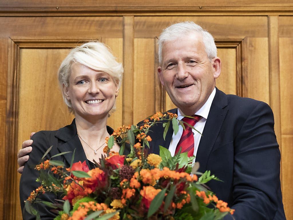 Nationalratspräsidentin Isabelle Moret (FDP/VD) und Ständeratspräsident Hans Stöckli (SP/BE) nach ihrer Wahl Anfang Dezember 2019.