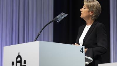 Bundesrätin Karin Keller-Sutter sprach am Mittwoch im Nationalrat zu den Grenzöffnungen. (Keystone)
