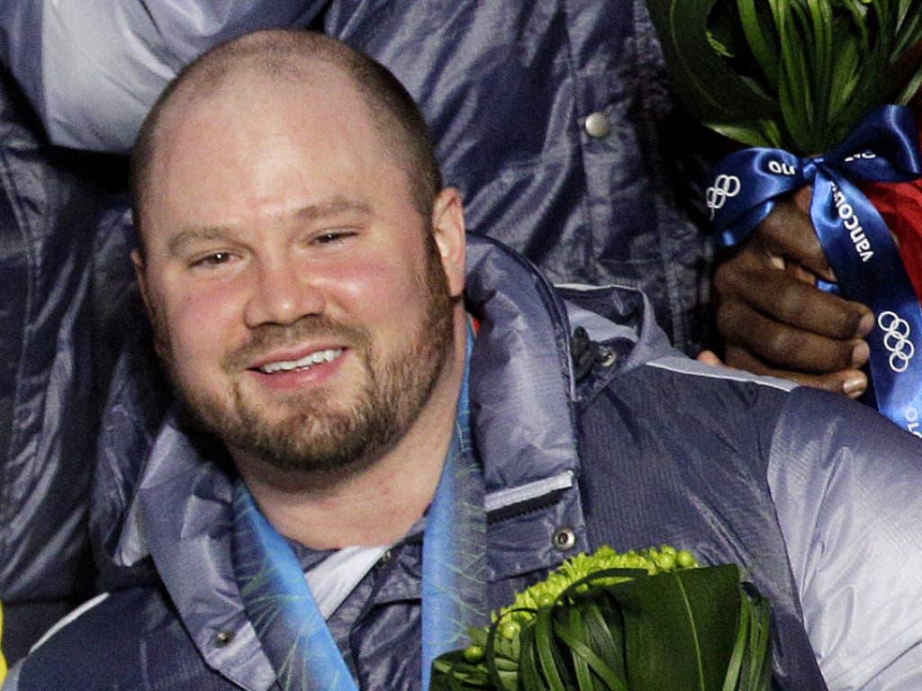 Da war seine Welt in Ordnung: Bei den Olympischen Spielen 2010 in Vancouver holte Steven Holcomb Gold im Viererbob