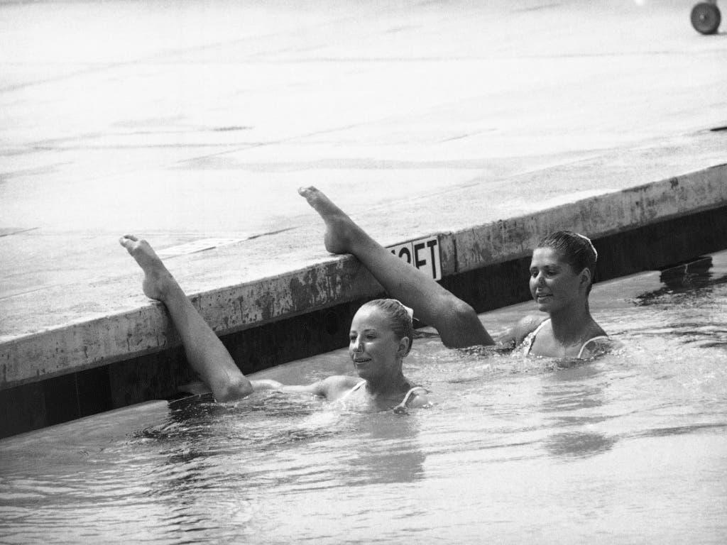 Karin Singer (links) und Edith Boss in der Qualifikation an den Olympischen Spielen 1984 in Los Angeles