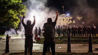 In den USA eskaliert vielerorts – wie hier in Washington im Bild – die Situation bei Protesten gegen Polizeigewalt. (Bild: Keystone)