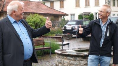 Feiern das Abstimmungsergebnis: Walter Berger, Präsident der Evangelischen Kirchgemeinde Sulgen-Kradolf, und Christoph Stäheli, Präsident der Volksschulgemeinde Region Sulgen. (Bild: Brunhilde Bergmann)