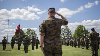Soldaten des Spitalbataillons 75 auf dem Waffenplatz Frauenfeld. (Gian Ehrenzeller / KEYSTONE)