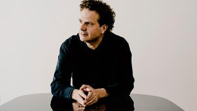 Andreas Haefliger spielt im Theater Uri die Hammerklaviersonate von Beethoven. (Bild: Marco Borggreve)