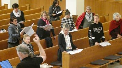 Der Opernchor darf seit kurzem unter der Leitung von Christian Büchel wieder zusammen proben. (Bild: PD)