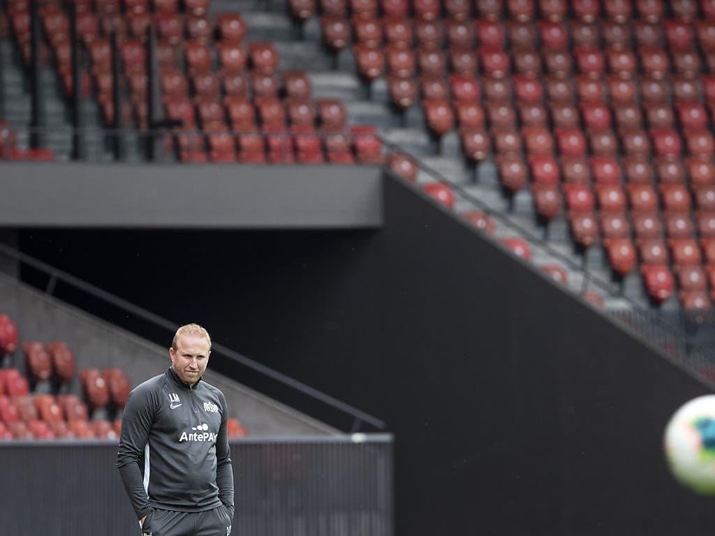 Der Trainer im leeren Stadion. Ludovic Magnin muss sich daran gewöhnen